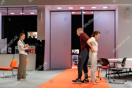 Gaite Jansen (Antigone), Hans Kesting (Oedipus) and Marieke Heebink (Jocaste).