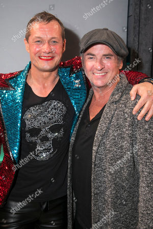 Bill Ward (Hugo/Loco Chanelle) and Shane Richie backstage