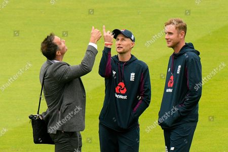 Joe Root and Stuart Broad of England on the outfield talking to Michael Vaughan during the International Test Match 2019 match between England and Australia at Lord's Cricket Ground, St John's Wood