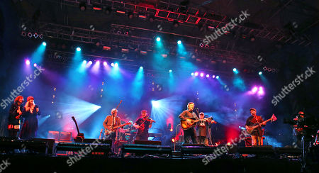 Fairport Convention and Joe Brown