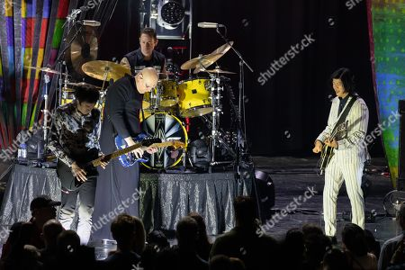 The Smashing Pumpkins - Jeff Schroeder, Jimmy Chamberlin. Billy Corgan and James Iha