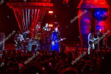 The Smashing Pumpkins -Jeff Schroeder, Jack Bates, Jimmy Chamberlin, Billy Corgan and James Iha