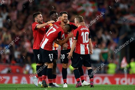 Aritz Aduriz of Athletic celebrates victory with teammates