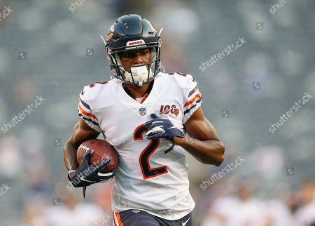 Chicago Bears wide receiver Joe Walker (2) warms up before an NFL football game against the New York Giants, in East Rutherford, N.J