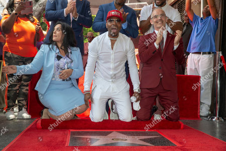 US Artist/music producer Teddy Riley (c) reacts after seeing his star with Hollywood Chamber of Commerce President Rana Ghadban (L) and city councilman Mitch Oâ??Farrell (R) during a star ceremony honoring recording artist/music producer Teddy Riley for the 2,670th star on the Hollywood Walk of Fame in Hollywood, California, USA, 16 August 2019. The star was dedicated in the Category of Recording.