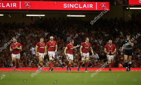Wyn Jones, Gareth Davies, Aaron Shingler, Dan Biggar, Alun Wyn Jones and Ken Owens of Wales.