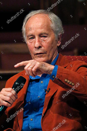 Author Richard Ford speaks about his process for constructing a story, at the Mississippi Book Festival in Jackson, Miss. Ford was one of several dozen authors who participated in a variety of panels or sitdown interviews for festival attendees