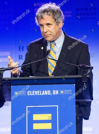 United States Senator Sherrod Brown (D-Ohio) speaks at the Human Rights Campaign Cleveland Dinner, in Cleveland