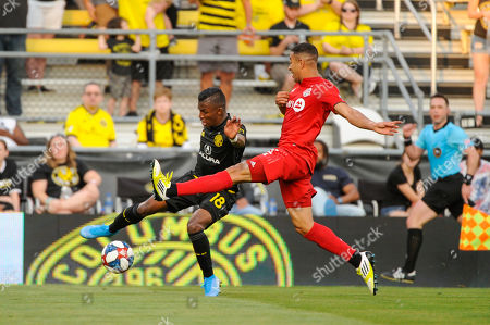 Columbus Crew SC forward Robinho (18) Toronto FC defender Justin Morrow (2) in the first half of the match between Toronto FC and Columbus Crew SC at MAPFRE Stadium, in Columbus OH. Mandatory Photo Credit: Dorn Byg/Cal Sport Media. ..Toronto FC 1 - Columbus Crew SC 0 at the end of the first half