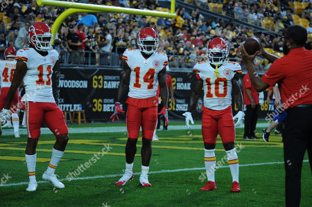 th, Demarcus Robinson #11, Sammy Watkins #14, Tyreek Hill #10 during the Pittsburgh Steelers vs Kansas City Chiefs at Heinz Field in Pittsburgh, PA