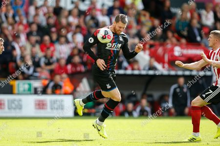 Connor Wickham of Crystal Palace head the ball during the Premier League match between Sheffield United and Crystal Palace at Bramall Lane, Sheffield