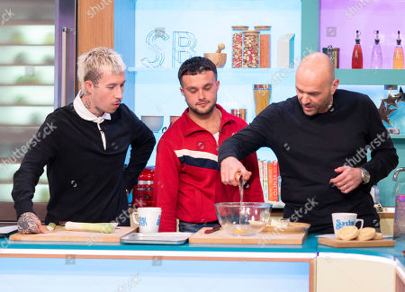 Slaves - Isaac Holman and Laurie Vincent with Simon Rimmer