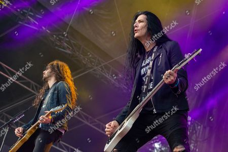 Slash featuring Myles Kennedy and the Conspirators - Frank Sidoris and Todd Kerns