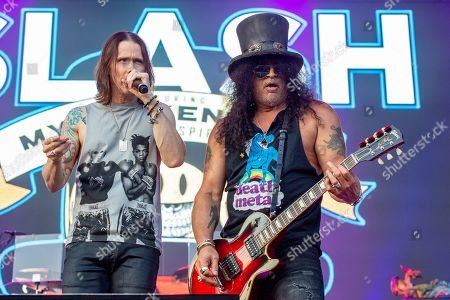 Slash featuring Myles Kennedy and the Conspirators - Myles Kennedy and Saul Hudson