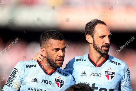 Sao Paulo's new players Daniel Alves (L) and Juanfran (R) debut in a game before Ceara for the Brazilian soccer tournament at the Morumbi Stadium, in Sao Paulo, Brazil, 18 August 2019.