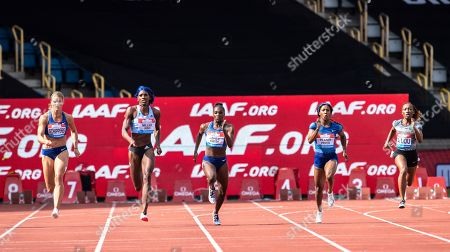 Dafne Schippers (NED), Shaunae Miller-Uibo (BAH), Dina Asher-Smith (GBR), Shelly-Ann Fraser-Pryce (JAM) and Marie-Josee Ta Lou (CIV) compete in the 200m