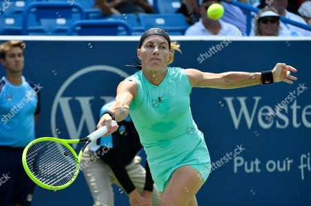 Svetlana Kuznetsova (RUS) loses to Madison Keys (USA) 7-5, 7-6, at the Western & Southern Open being played at Lindner Family Tennis Center in Mason, Ohio. ©Leslie Billman/Tennisclix/CSM