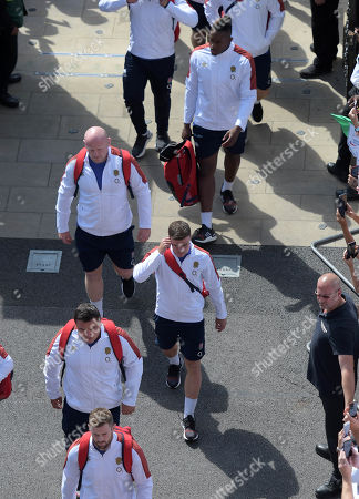 England's (top to bottom) Maro Itoje, Dan Cole, Ben Youngs, Jamie George and Elliot Daly comiing off the team bus
