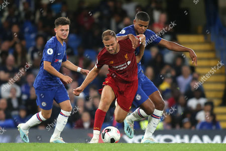 Herbie Kane of Liverpool tries to shake off a challenge from Chelsea's Tino Anjorin during Chelsea Under-23 vs Liverpool Under-23, Premier League 2 Football at Stamford Bridge on 19th August 2019
