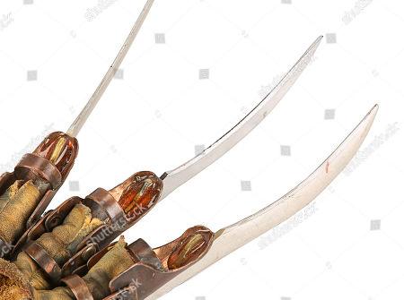 Freddy Kruger's (Robert Englund) glove from Ronny Yu's action-horror film Freddy Vs. Estimate: £20,000 - £30,000.