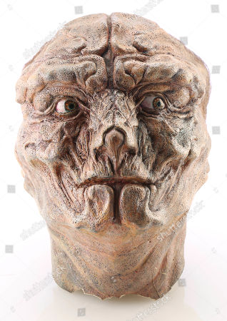 A Martin (Eric Stoltz) head transformation maquette from the production of Chris Walas' 1989 sci-fi-horror sequel The Fly II. Estimate: £1000 - £1500.