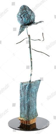 A rose sculpture model miniature from Tim Burton's supernatural comedy Beetlejuice. Estimate: £800 - £1000.