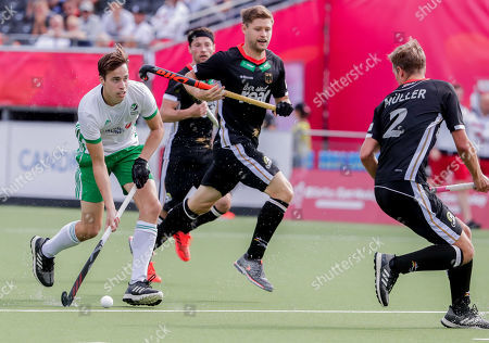 Sean Murray of Ireland (L) in action during the EuroHockey 2019 men's match between Ireland and Germany in Antwerp, Belgium, 20 August 2019.