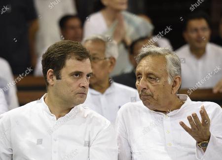 Congress leaders Rahul Gandhi and Mani Shankar Aiyar before paying tribute to former prime minister Rajiv Gandhi on his 75th birth anniversary
