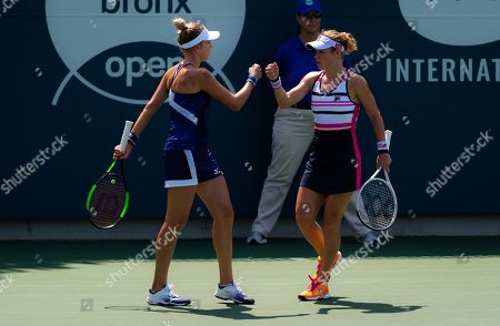 Laura Siegemund of Germany & Nadiia Kichenok of the Ukraine playing doubles