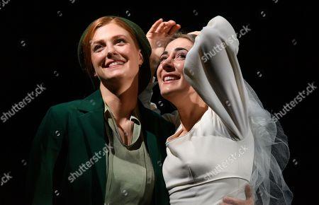Wallis Giunta (Dodo McNeill) and Sydney Mancasola (Bess McNeill)