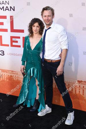 Sophia Del Pizzo and Jimmi Simpson