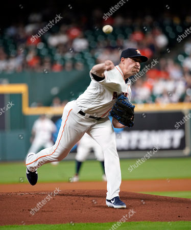 Houston Astros starting pitcher Aaron Sanchez throws against the Detroit Tigers during the first inning of a baseball game, in Houston