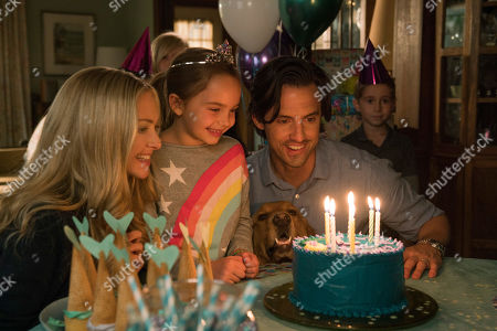 Amanda Seyfried as Eve, Ryan Kiera Armstrong as Zoe, Enzo (Kevin Costner) and Milo Ventimiglia as Denny Swift