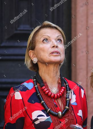 Uschi Glas pose for photographers prior to a press conference of the movie 'Max and die Wilde 7' in the castle of Braunfels, Germany, 22 August 2019. The filming of 'Max and die Wilde 7' started on 16 July 2019 and will take place in Hesse until the end of August. The cinema adventure is based on the popular award-winning book series by Lisa-Marie Dickreiter and Winfried Oelsner, who is a director too.