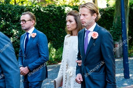 Prince Bernhard, Princess Aimee and Prince Floris during the funeral procession from the Dome of Fagel to the Coach House on the grounds of Noordeinde Palace