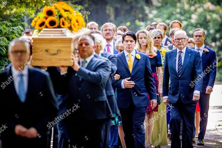 Nicolas Guillermo, Juliana Guillermo and Bernardo Guillermo accompany the coffin with Princess Christina who is transferred from the Dome of Fagel to the Coach House on the grounds of Noordeinde Palace.