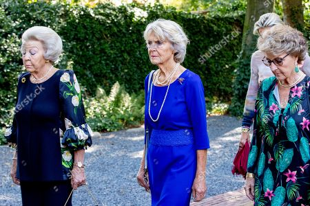 Princess Beatrix, Princess Irene, Princess Margriet accompany the coffin with Princess Christina who is transferred from the Dome of Fagel to the Coach House on the grounds of Noordeinde Palace.