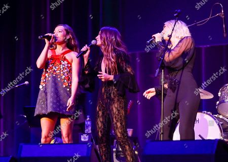 Taylor Dye, Madison Marlow, Maddie & Tae, Tenille Townes. Taylor Dye, left, and Madison Marlow, right, of Maddie & Tae with Tenille Townes, center, perform at the 13th Annual ACM Honors at the Ryman Auditorium on in Nashville, Tenn