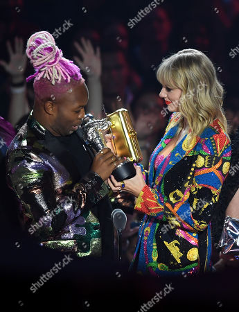 Stock Image of Taylor Swift and Todrick Hall - Video for Good