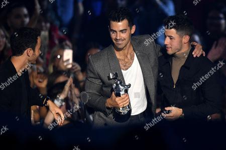 Kevin Jonas, Joe Jonas and Nick Jonas, Jonas Brothers - Best Pop Video