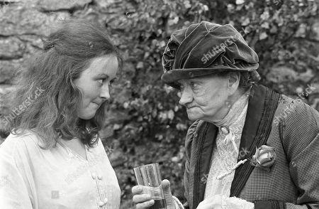 Jane Carr, as Sophy Daws, and Daphne Heard, as Cassandra