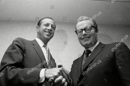 Pete Rozelle, Roone Arledge. NFL Commissioner Pete Rozelle, left, and Roone Arledge, president of ABC Sports, shake hands in New York, where it was announced that ABC would televise 13 regular-season games on Monday nights. Pete Rozelle would not be surprised to see the NFL's impact of television as it celebrates its 100th season this year. It was Rozelle, the commissioner from 1960 to 1989, who was able to convince owners that it was in their best interest to sign a leaguewide rights deal instead of teams negotiating on their own