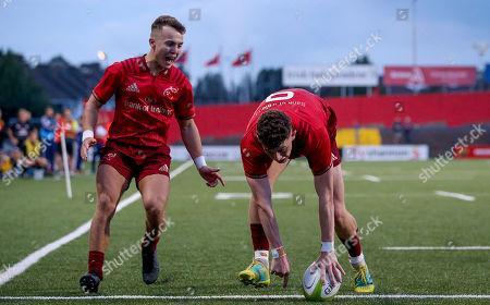 Munster vs Ospreys. Munster's Charlie O'Doherty scores a try