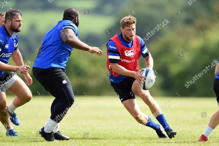 Rhys Priestland of Bath Rugby in action