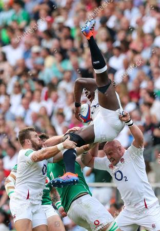 England vs Ireland. England's Maro Itoje with Luke Cowan-Dickie and Dan Cole