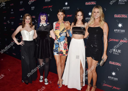 Hayley Griffith, Chelsea Stardust, Hannah Stocking, Ruby Modine, Rebecca Romijn