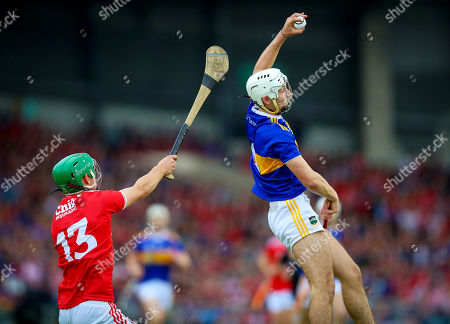 Cork vs Tipperary. Cork's Brian Turnbull with Craig Morgan of Tipperary