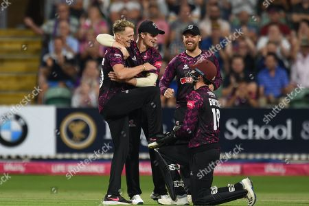 Max Waller,Tom Banton, Tom Abell and and James Hildreth of Somerset celebrate the wicket of Callum Taylor during the Vitality T20 Blast South Group match between Somerset County Cricket Club and Glamorgan County Cricket Club at the Cooper Associates County Ground, Taunton