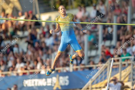 Renaud Lavillenie, France, Men's Pole Vault, during the Diamond League Meeting at Stade Charlety, Paris