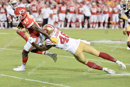 Defensive back Dontae Johnson (48) of the San Francisco 49ers is able to safe a touch down by pulling down wide receiver Mecole Hardman (17) of the Kansas City Chiefs during a week 3 preseason game where the San Fransisco 49ers visited the Kansas City Chiefs held at Arrowhead Stadium in Kansas City, MO Richard Ulreich/CSM